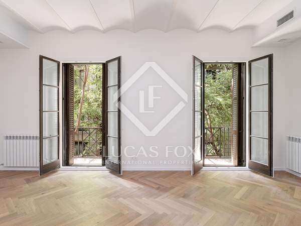 122m² Apartment with 9m² terrace for sale in El Born
