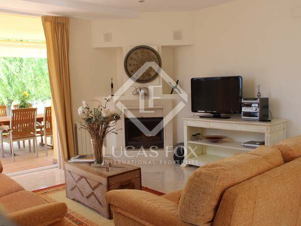 442 m² house with 80m² garden for short term rent in Los Monasterios