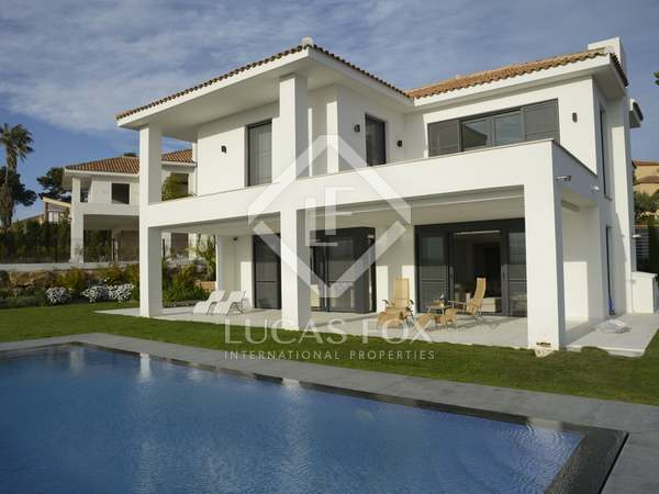 Spectacular 5-bedroom modern villa to buy in hills, Cabopino