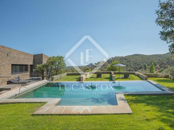 Casa / Vil·la de 513m² en venda a Baix Empordà, Girona