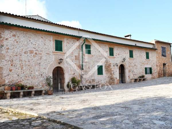 Hästgård till salu i södra Mallorca nära Campos