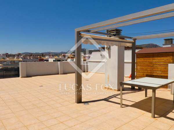 170 m² penthouse with a terrace for sale in Playa Sagunto