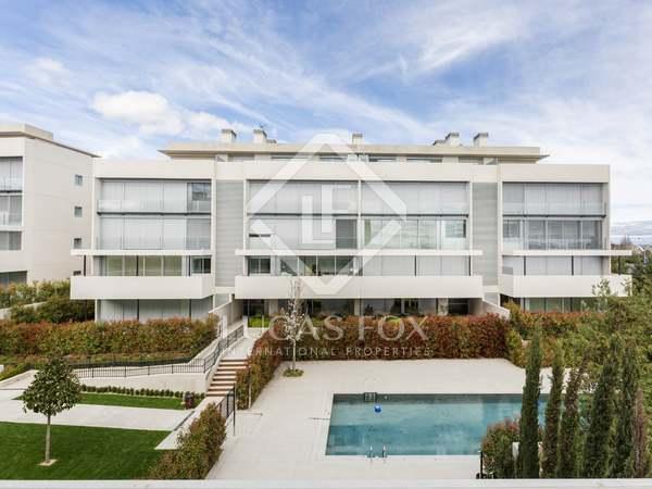97m² Wohnung mit 40m² terrasse zur Miete in Aravaca, Madrid