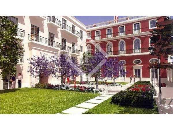 Pis de 300m² en venda a Lisboa, Portugal