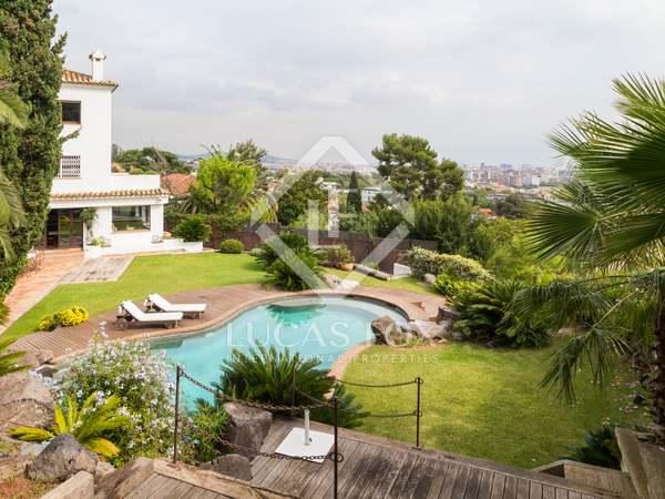 Huis / Villa van 450m² te huur met 450m² Tuin in Pedralbes