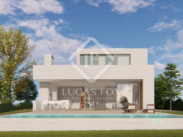 Huis / Villa van 225m² te koop in Platja d'Aro, Costa Brava