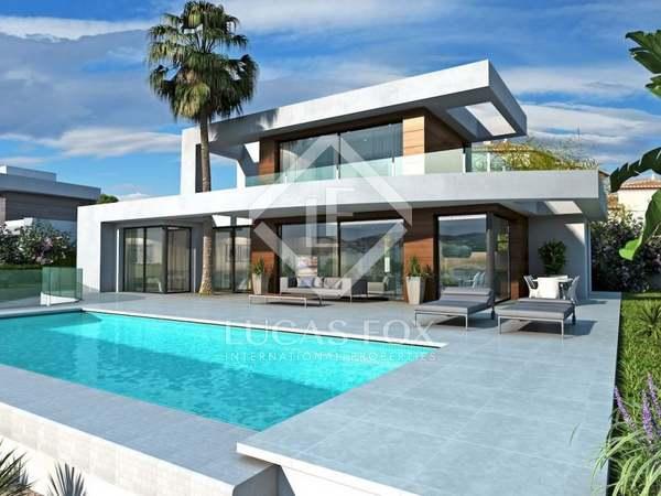 235m² House / Villa for sale in Jávea, Costa Blanca