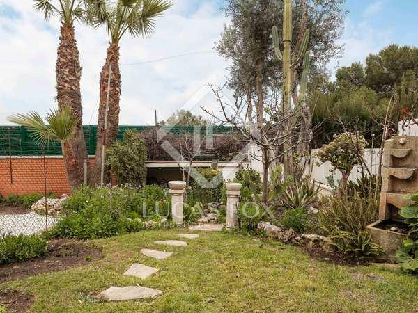 Casa de 150m² con 50m² de jardín en venta en Esplugues