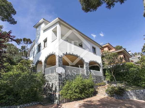 Casa de 225 m² en venta en Castelldefels