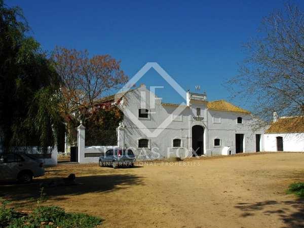 2,020m² Reitanwesen zum Verkauf in Sevilla, Andalusien