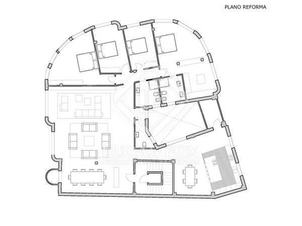 300 m² corner property to buy and renovate in Sant Francesc