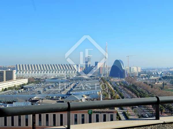 Ático de 177m² con 114m² terraza en alquiler en Ciudad de las Ciencias