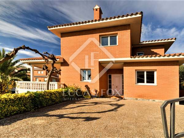 Casa / Villa de 271m² en venta en Eixample, Tarragona