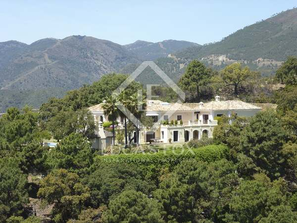 Classic 7-bedroom villa for sale in La Zagaleta, Marbella