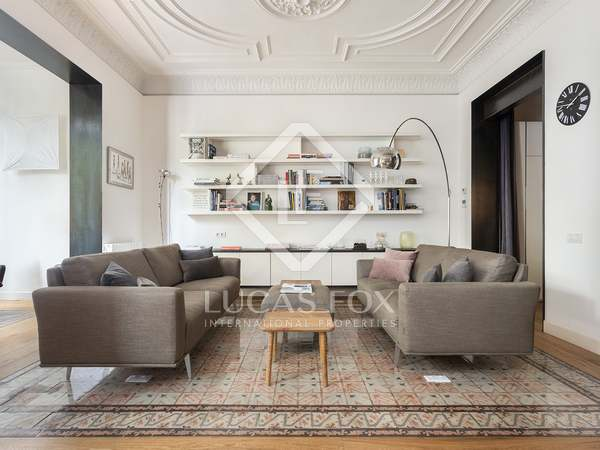181m² Apartment for sale in Eixample Right, Barcelona