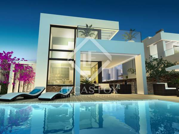 313m² House / Villa for sale in Playa San Juan, Alicante