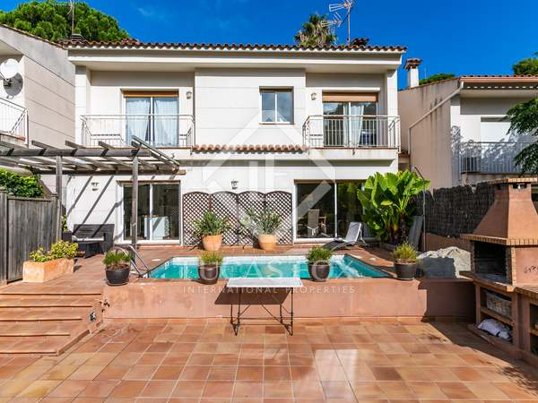 222m² House / Villa for sale in Cabrils, Maresme