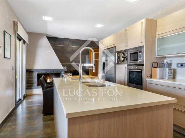 Huis / Villa van 390m² te koop in Montjuic, Girona