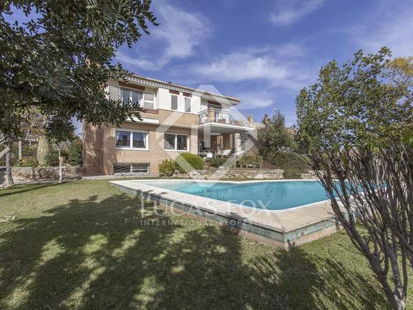 338m² House / Villa for sale in Godella / Rocafort