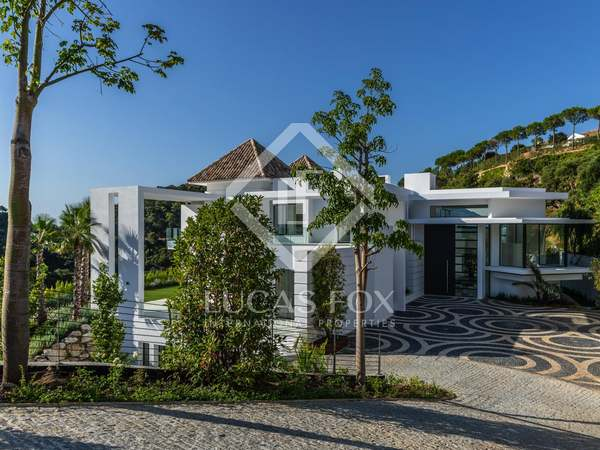 1,991m² Luxury Property with 385m² terrace for sale in La Zagaleta
