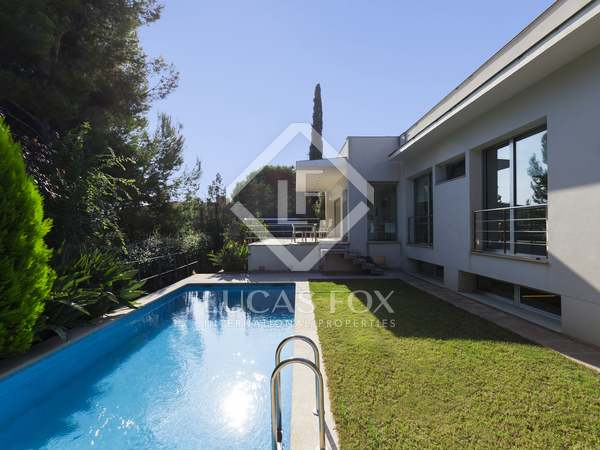 354 m² villa for sale in Vallpineda, Sitges