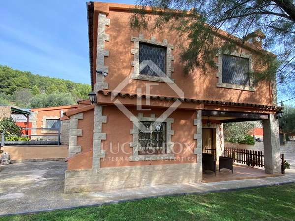 188m² Country house for sale in Calafell, Tarragona