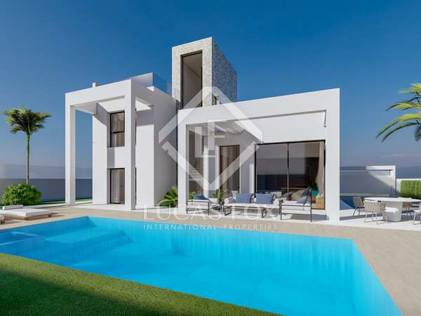 224m² House / Villa for sale in Finestrat, Alicante