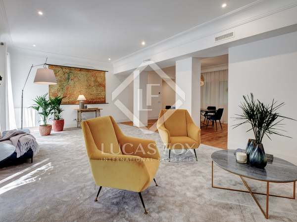 200m² Apartment for sale in Ríos Rosas, Madrid