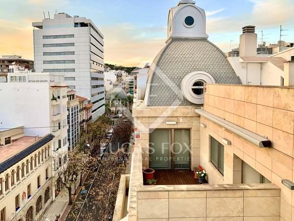 Penthouse van 116m² te huur met 90m² terras in Alicante ciudad