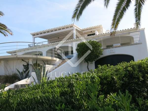 251m² villa for sale in Menorca, Spain