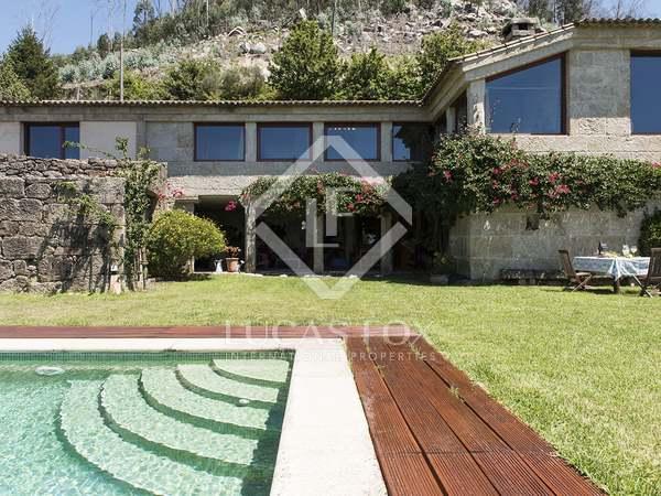 418m² Haus / Villa zum Verkauf in Pontevedra, Galicia