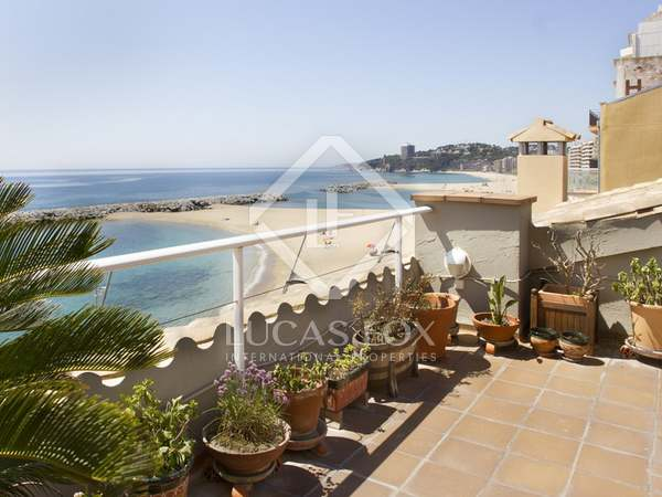 First line Costa Brava penthouse duplex apartment to buy
