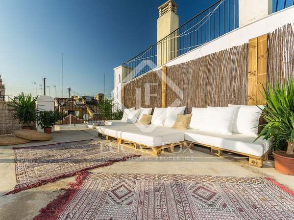 150m² Lägenhet till uthyrning i El Carmen, Valencia