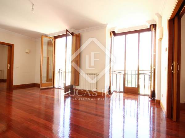 266m² apartment for rent in Castellana, Madrid
