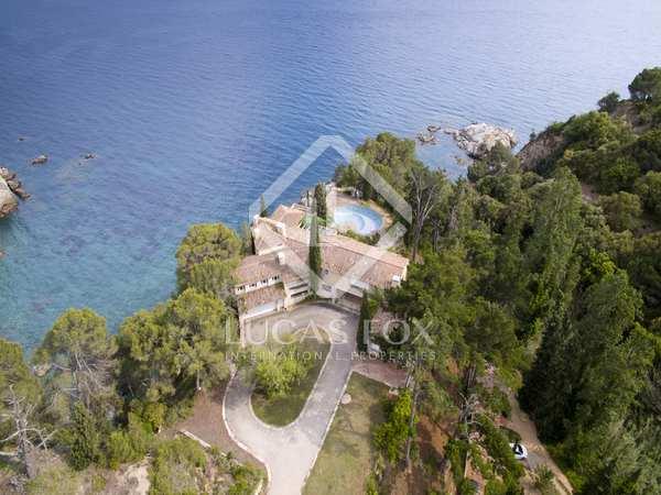 Huis / Villa van 900m² te koop in Lloret de Mar / Tossa de Mar