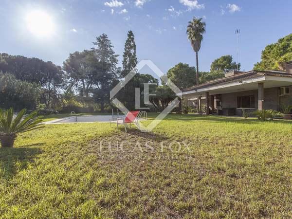 445m² House / Villa for sale in Godella / Rocafort