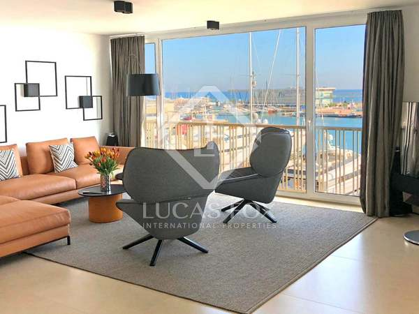 Apartment with 32 m² terrace for rent in Dénia