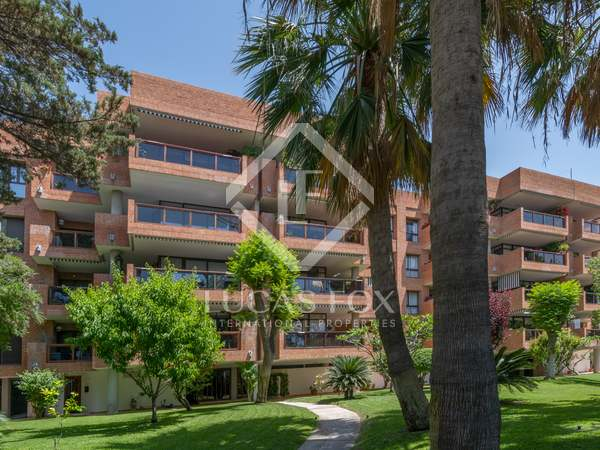 200m² Apartment for rent in East Málaga, Málaga