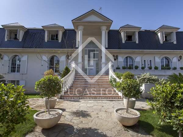 Huis / Villa van 658m² te huur in La Eliana, Valencia