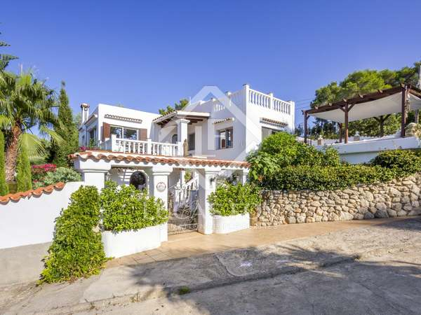 Charming House / Villa for sale in Santa Eulalia, Ibiza