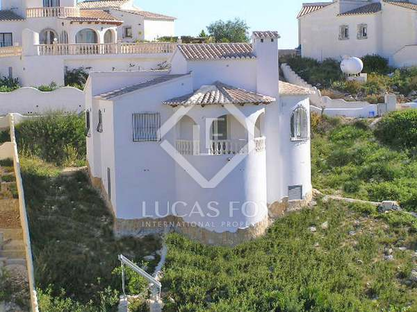 90m² House / Villa with 10m² terrace for sale in Jávea
