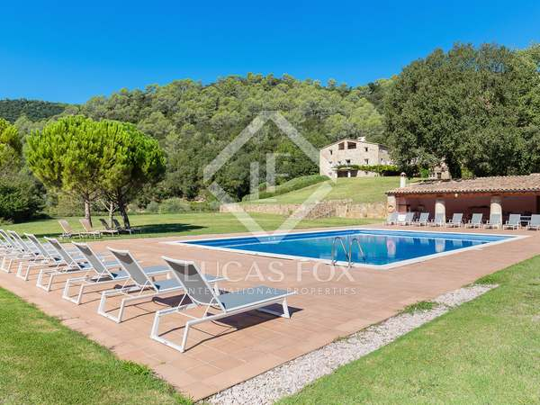 1,000 m² country house for sale in La Garrotxa, Girona