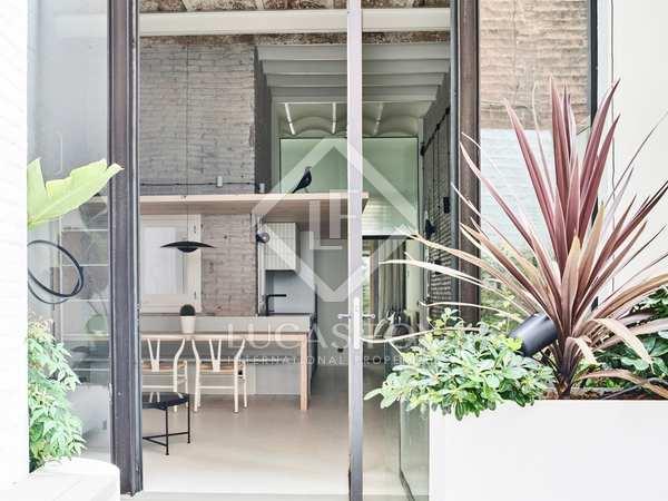 Appartement van 85m² te koop met 50m² terras in Gracia