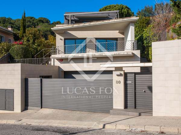 Luxury modern villa to rent in Teià, Maresme Coast