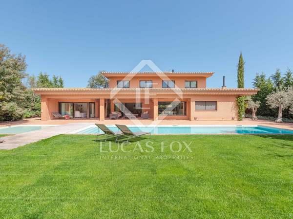 Casa / Vil·la de 509m² en venda a Baix Empordà, Girona