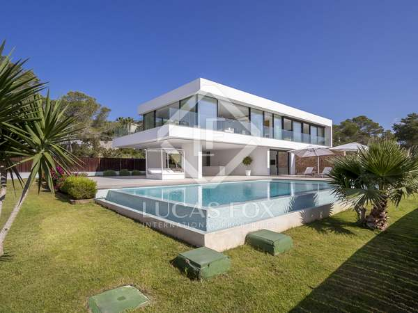 Huis / Villa van 378m² te koop in San José, Ibiza