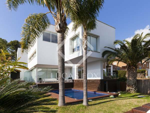 Modern house for sale in Castelldefels, Barcelona