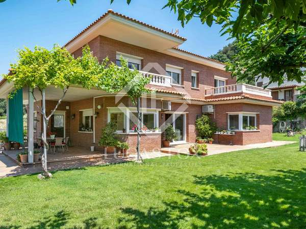 440m² House / Villa for sale in Alella, Barcelona