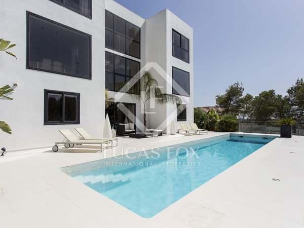 Impressive villa for sale in Olivella