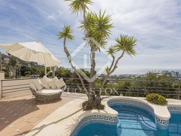 huis / villa van 344m² te koop in Levantina, Barcelona